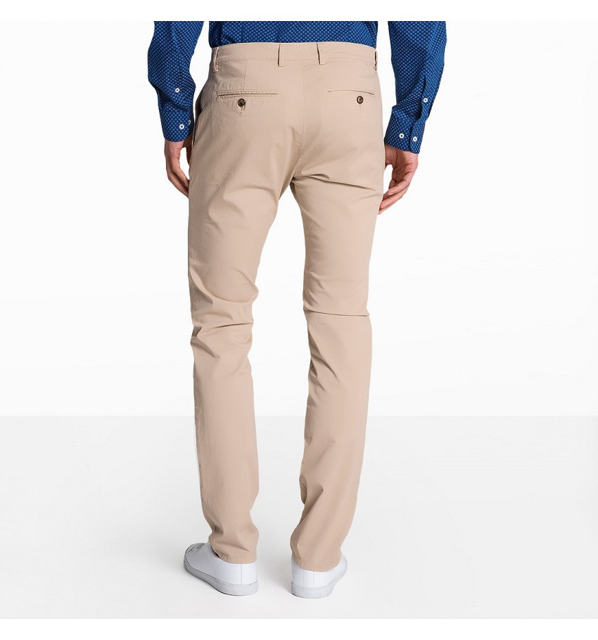 Chino pour homme en nude